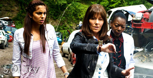 The Sarah Jane Adventures s05e01 Sky (Part One)
